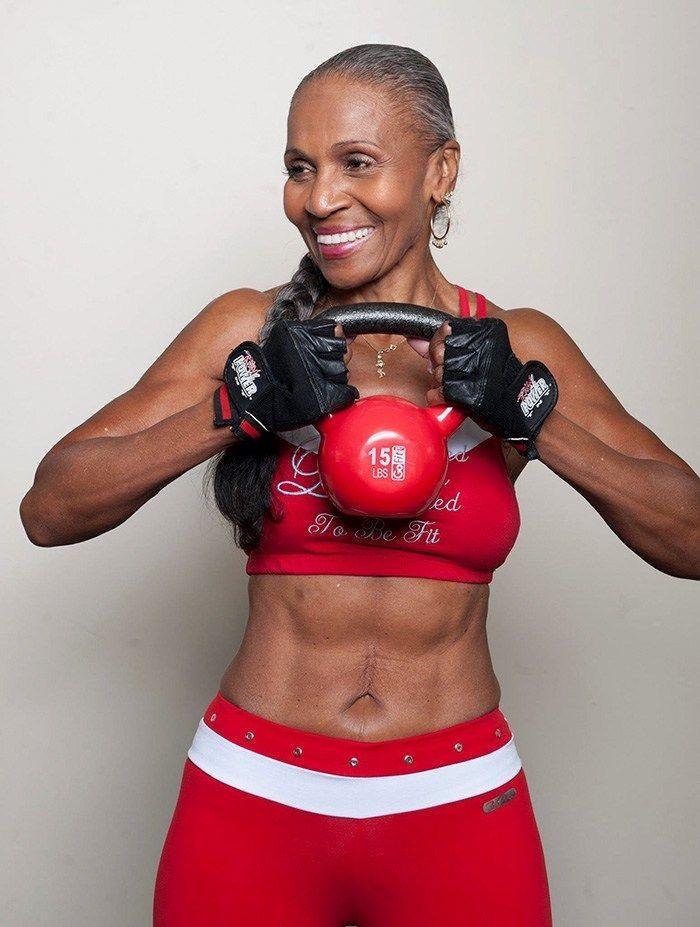 Femme de 83 ans championne de bodybuilding